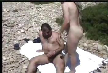 Klasik bir Türk kadını ile Şahin K.